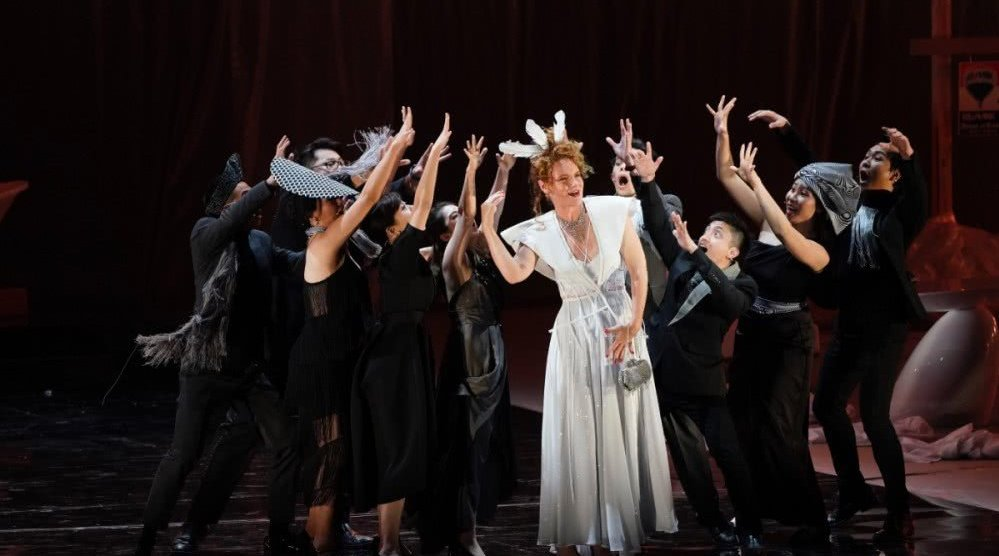 普利策音乐奖得主、当代歌剧《天使之骨》在保利剧院上演