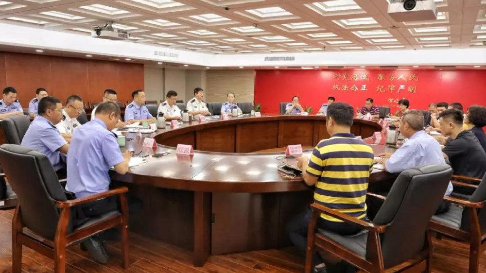 省公安厅交管局约谈10家运输企业,排查交通安全隐患落实企业主体责任