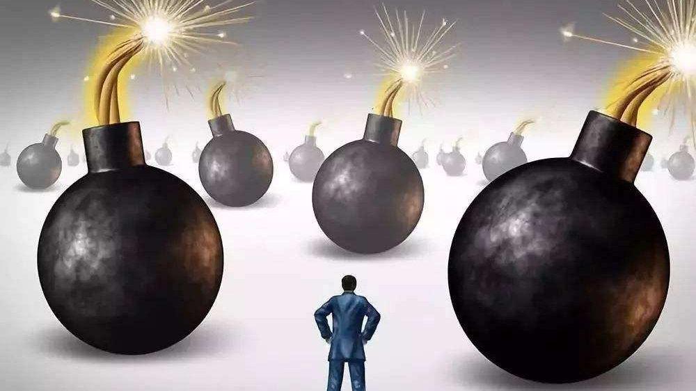 慈星股份:大手笔减持高比例质押,公司爆雷巨亏大股东减持狂赚