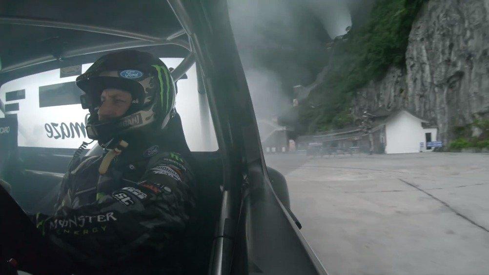 砖叔更新!终于来中国了!914马力福特F-150 挑战最危险山路