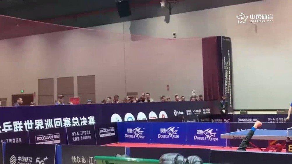 和中国乒协会员联赛总决赛都在郑州开赛,在同一片场馆训练