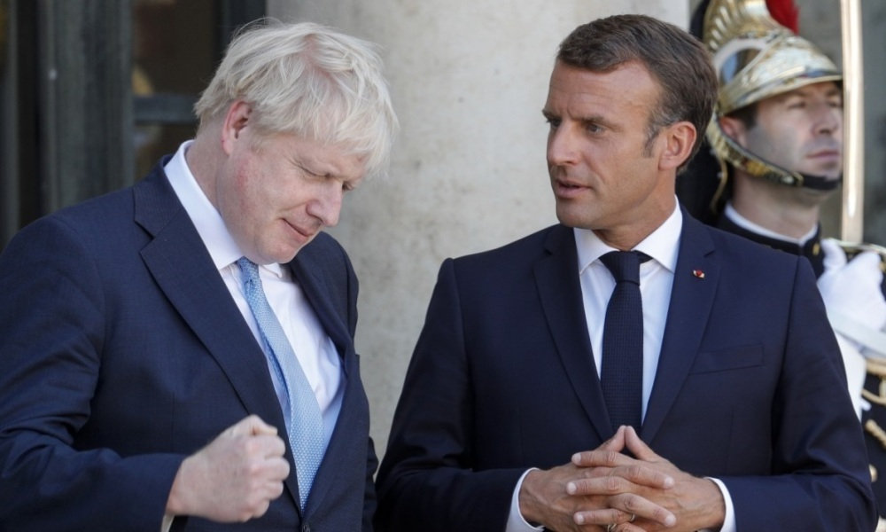 """新脱欧协议""""闯关未成"""",马克龙敦促约翰逊尽快澄清"""
