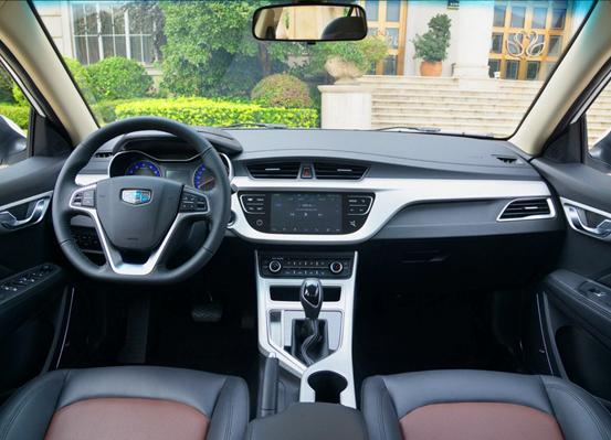 人生的第一辆车应该怎么选?这篇全新远景试驾给你答案