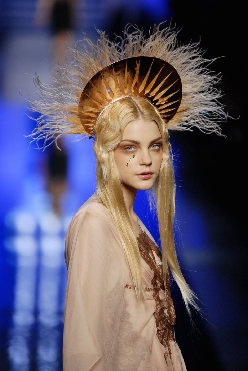 太阳泪 Jessica Stam 丨Jean Paul Gaultier 07SS