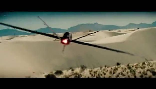 希望中国电影也这么有军事素养,别在拍神剧了。