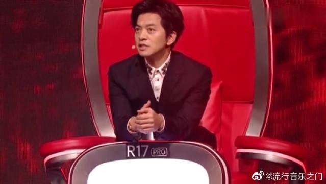 李健清唱《月光》惊艳全场,真不愧是导师,实力没得说!