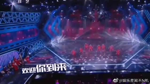 决赛之夜UNINE组合《最好的舞台》,嗨爆全场!