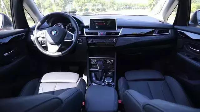 宝马纯进口旅行车,最低20万入手,空间大颜值高,还买什么SUV!