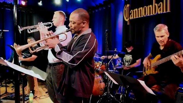 爵士乐队The Cannonball Band与萨克斯吹奏家Gerald Albright合作
