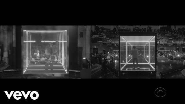 盆栽哥The Weeknd最新做客电视节目现场演唱《Blinding Lights》