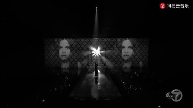 2019AMA全美音乐奖 赛琳娜·戈麦斯开场表演新单 现场