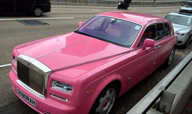 独一无二的劳斯莱斯,车标镶满100颗钻石,车漆50万