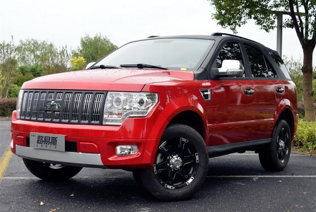 """10万国产""""切诺基"""",车重1.8吨+非承载车身,2.0T动力带自动挡"""