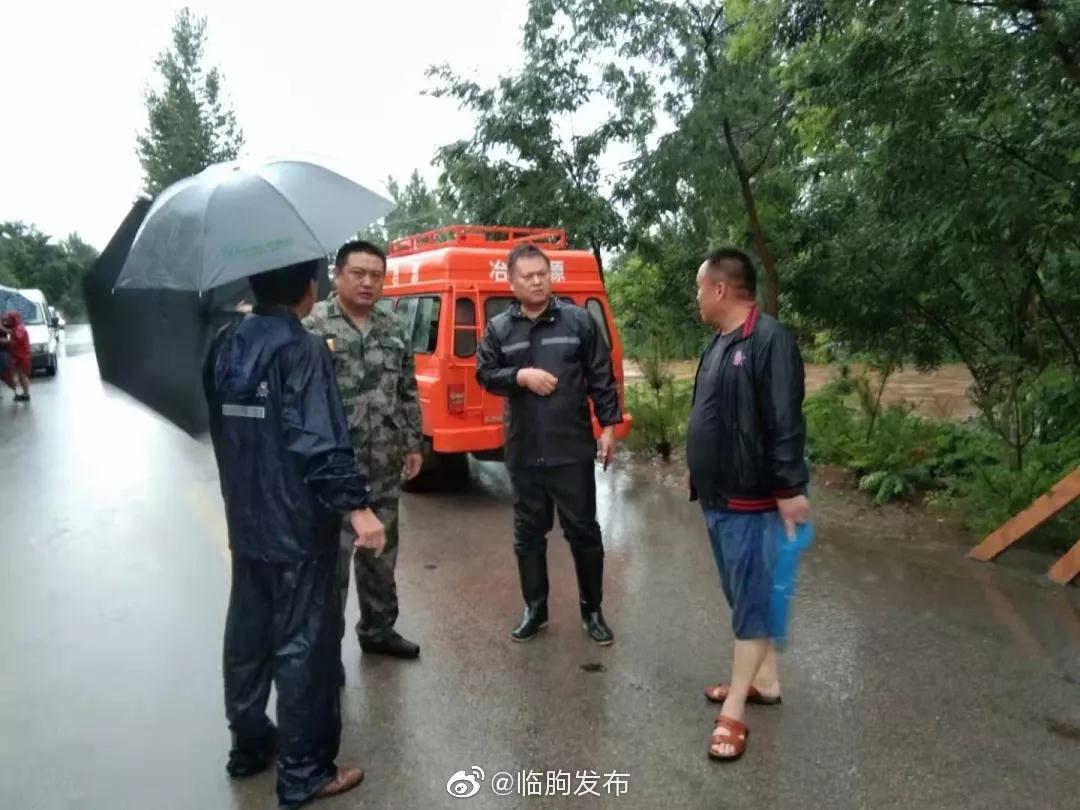 临朐县冶源镇全面进入临战状态,镇领导班子成员带头