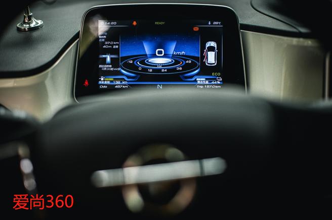真正的新宠儿,超强科技内饰,爱尚360PK欧拉R1你选谁?