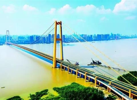 杨泗港长江大桥预计本月底完工 汉阳白沙洲这些楼盘将受益