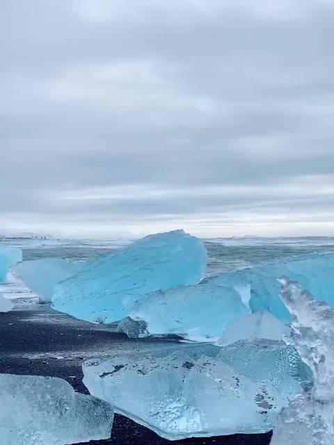 世界的尽头冰岛钻石沙滩美到窒息