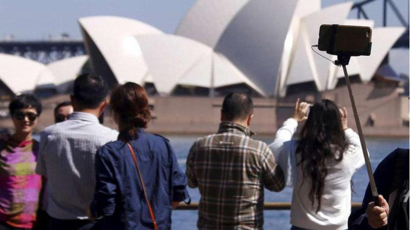 矿业投资大跌90%,中国游客增幅创10年新低!澳大利亚面临38亿损失