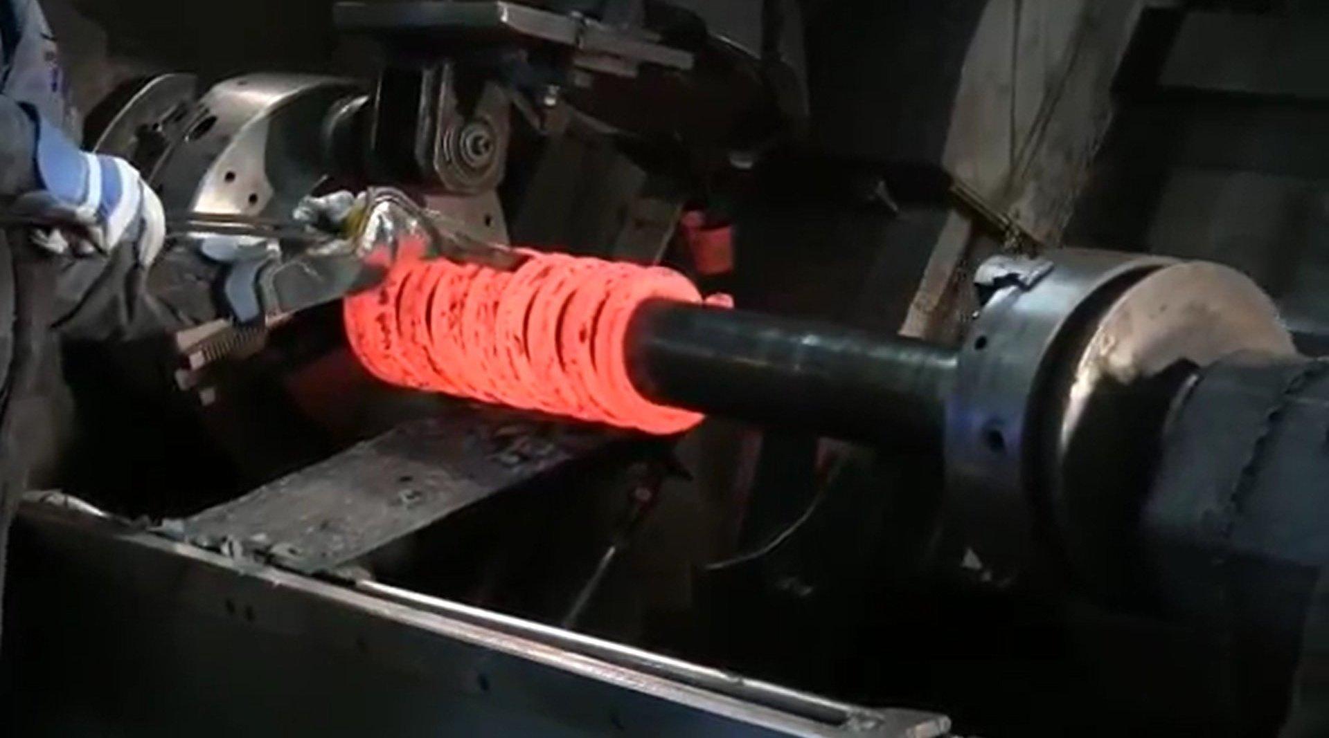 汽车<em>弹簧</em>是怎么生产的?