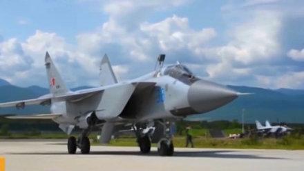 极限空战!俄军自曝米格-31超高空空战视频!