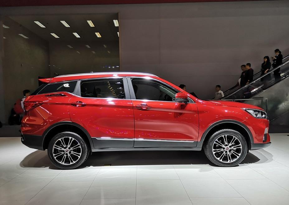 终于没白等!汉腾X5 MAX:8万元就能买的极致豪华7座SUV