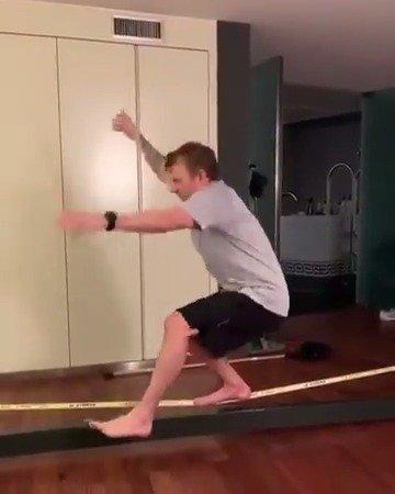 Kimi这平衡力,了得!