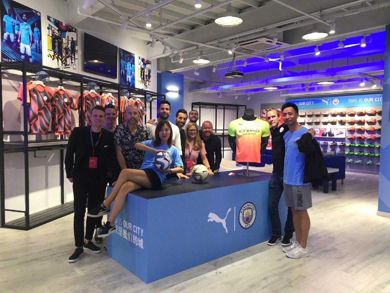 小林house曼城官方授权零售商店@PUMA彪马 新赛季球衣一抢而空