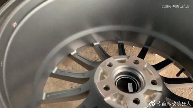 视频:雷克萨斯IS200之脱胎换毂记,全热熔轮胎加持