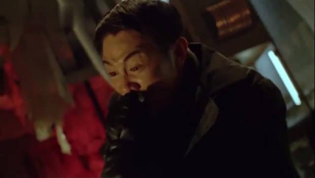 李连杰的才华绝不只有功夫,其实身边的一切都可能成为他的武器哦!