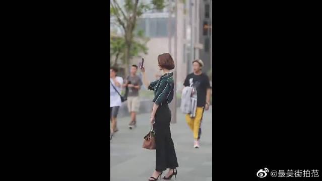 时尚美女们中秋节齐聚三里屯,共同诠释秋季时尚