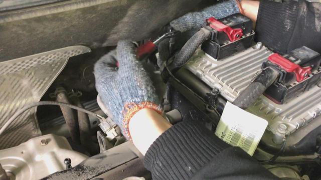 2015款jeep自由客,自己动手更换空气滤芯!轻松省下燃油钱!