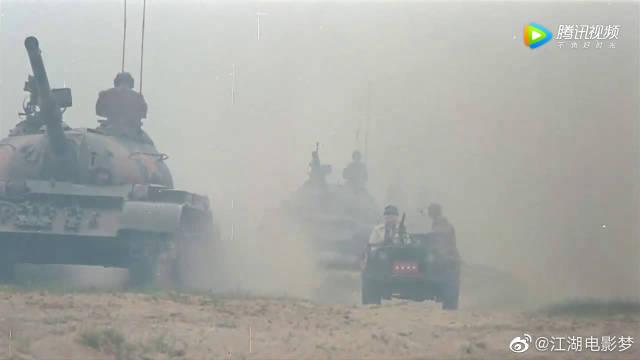 喜剧片里动用了这么多坦克,冯小刚导演很有魄力啊
