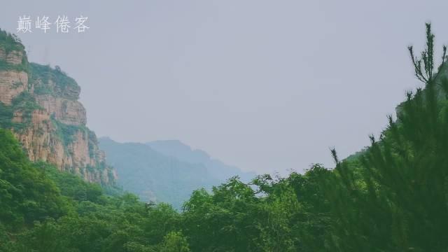 河北省邢台市的邢台大峡谷,位于太行山深处。