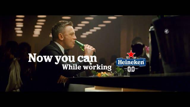 哈哈哈,15秒版本的《邦德/丹尼尔克雷格喜力啤酒》