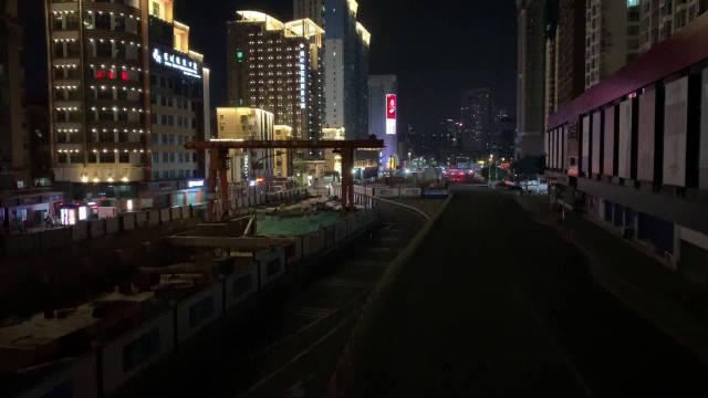 一分钟,之前车水马龙水泄不通的滨海大道桂庙路段