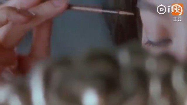 必须是林青霞了,林青霞经典电影镜头混剪,真是美得不可方物