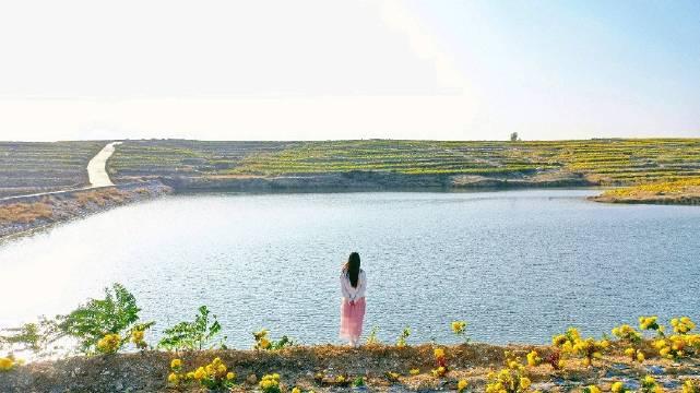 等待是一场无声的告白像爱情的换季一半是火焰一半是冰山永远未完