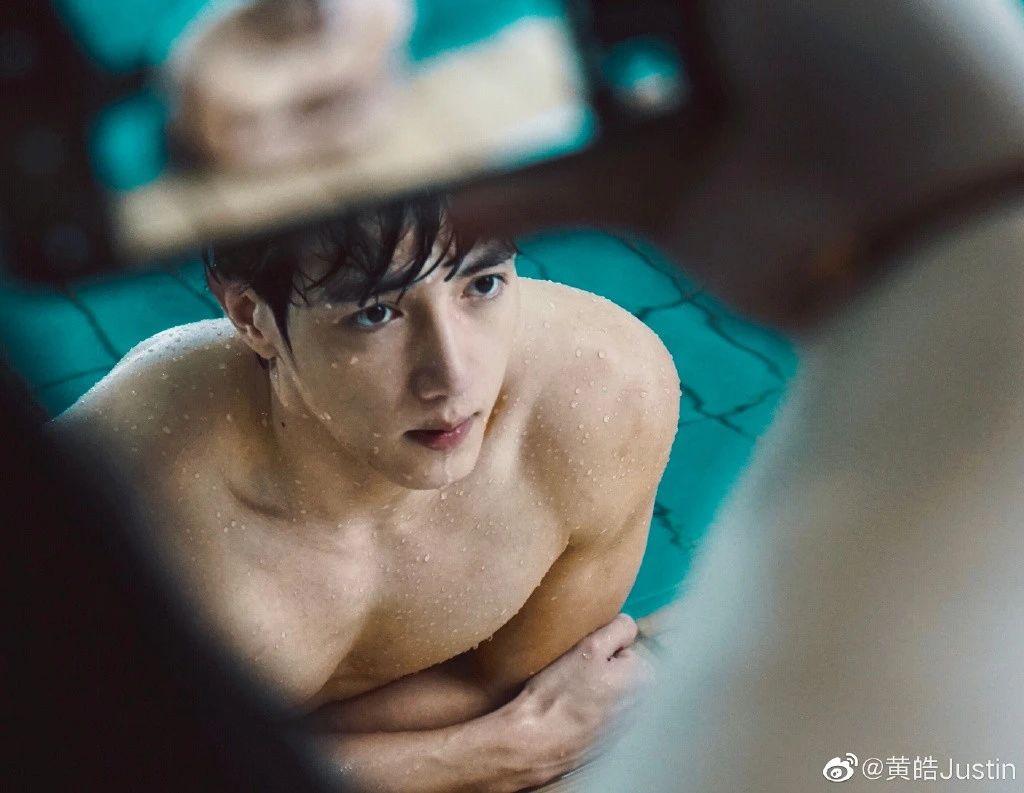 上了吐槽大会,将签杨颖前经纪人,萧亚轩的小男友要出道了?