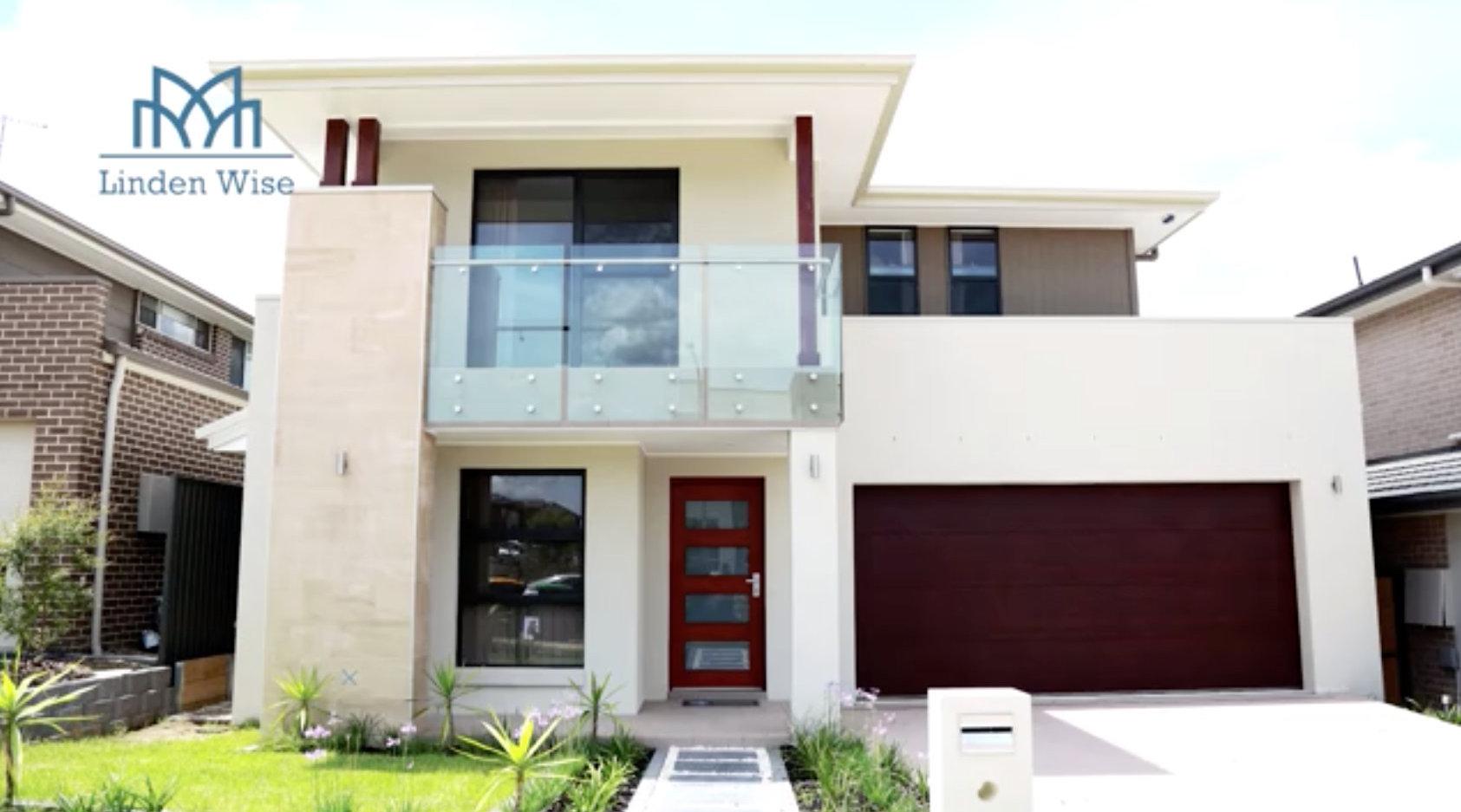 之前去拍的悉尼的地产项目,现在准备开售了,类似这样一个小别墅