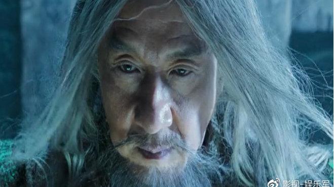 姚星彤再度出演龙女郎,成龙对阵施瓦辛格,马丽女巫造型惊艳!