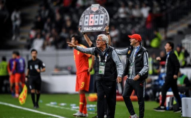 国足0-3惨败伊朗后!中国足球未来该怎么走?黄