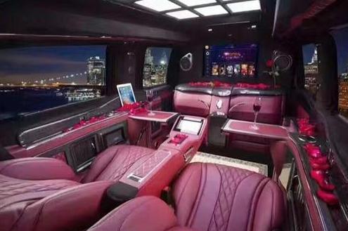 进口大众T6商务车高端商务