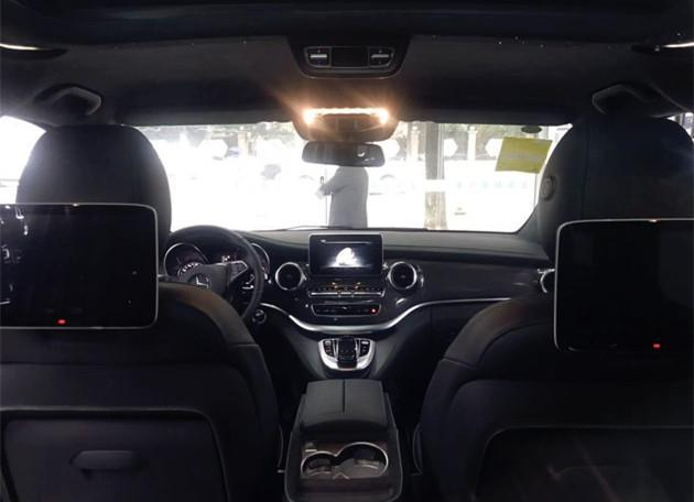 """最帅奔驰""""MPV""""亮相,全黑车身,四出排气,配2.0T发动机!"""