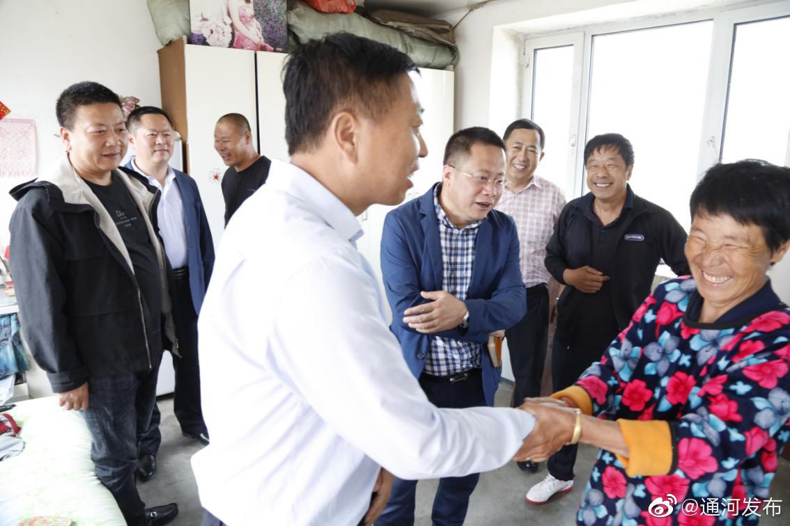 刘长河深入三站镇调研脱贫攻坚工作情况