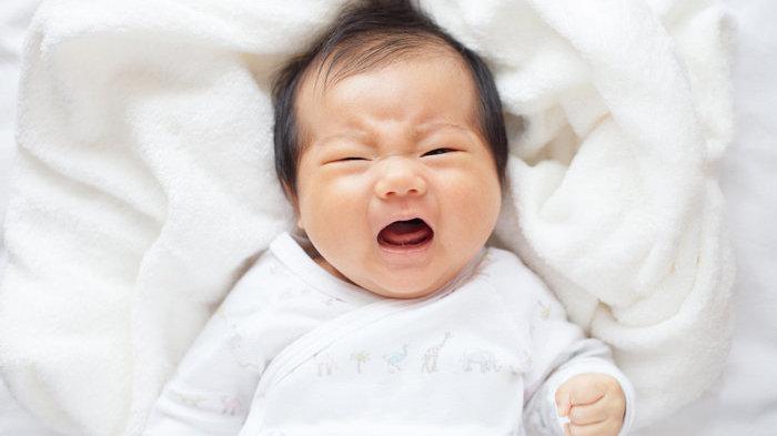 外卖小哥按门铃,因吵醒孩子被家长要求下跪,孩子入睡为何这么难