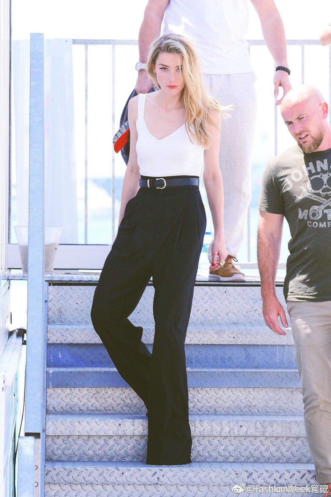 Amber Heard | 在戛纳海边的帅气利落的美人