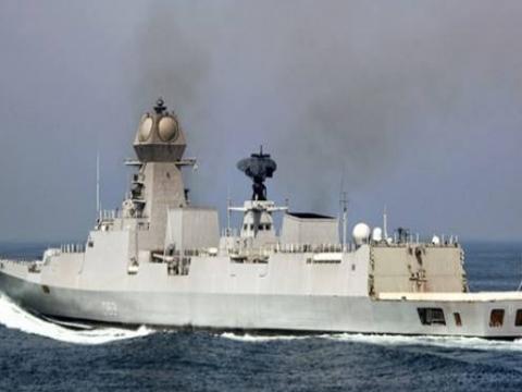 印方出动两艘军舰,英海军被迫低头,主动表示会释放船员
