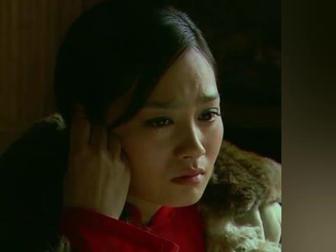 姑娘回忆父亲养育之恩痛哭流涕,一代豪雄就此损落了