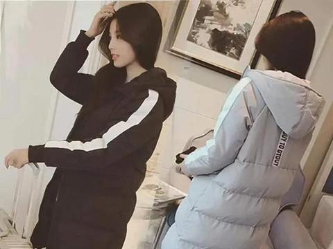 小个子女生别穿太长的棉服!短款毛衣才适合你,不压身材巨显高