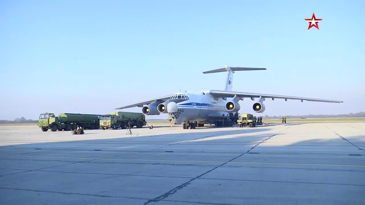 今天俄罗斯空军1架编号为RA-82038的安-124运输机从莫斯科起飞
